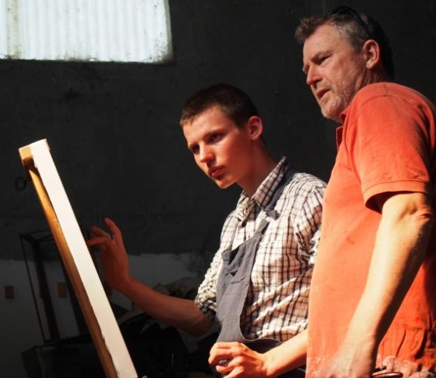 Keon at the easel with Simon Hemsley