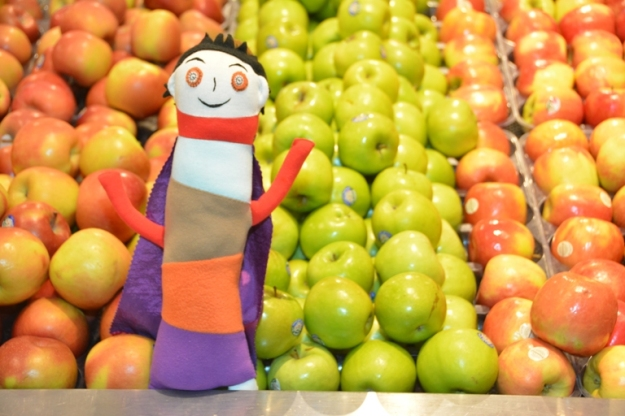 Apple Girl with apples. Photo by Carensa Watts
